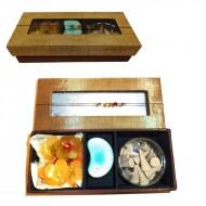 Aroma box din matase cu conuri parfumate, suport si lumanari sub forma de floare, 7*19*4 cm